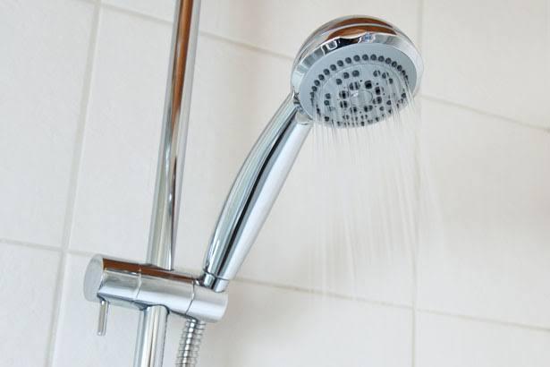 Banheira ou Ducha? Qual é a Opção Certa?