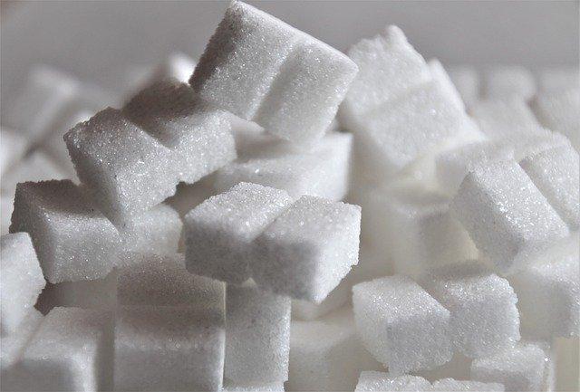 Fatos sobre o vício em açúcar: desejos, açúcar escondido e muito mais