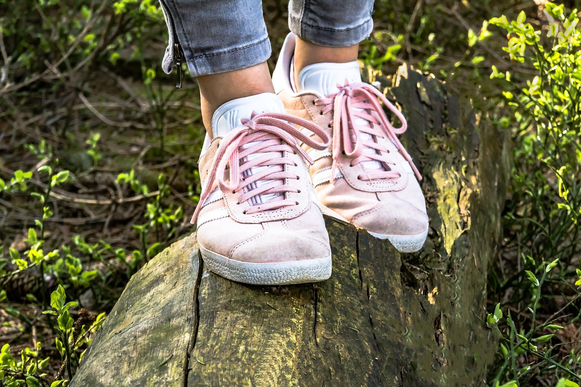 Como comprar sapatos que caem e ficam lindos em você